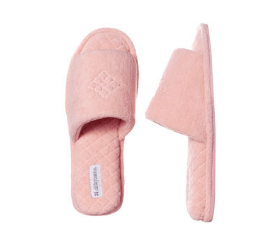 Trying to Stay Calm!  Dearfoams Slipper Review... b0d101a62