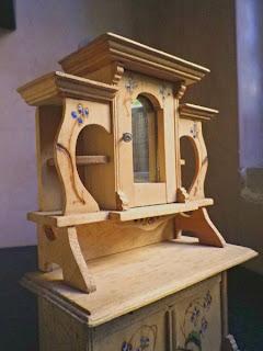 old dollhouse - furnishing