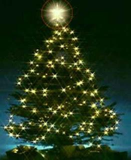 Arbol de navidad muy iluminado