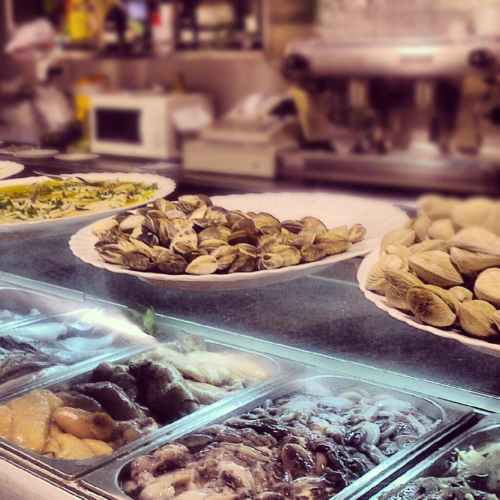 BlogSobreGustos: El Bar del Mercado del Carmen, un auténtico rincón ...