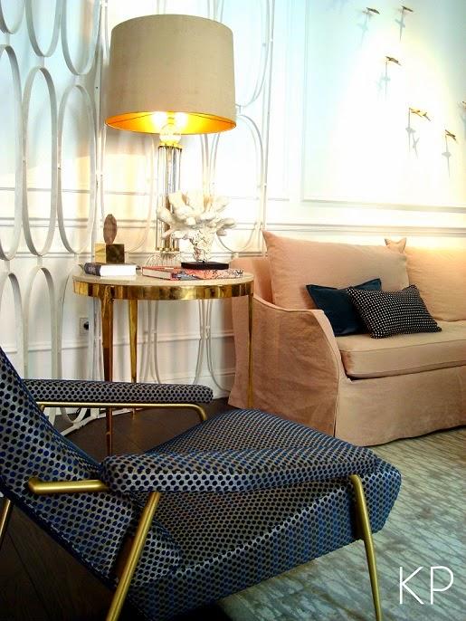 decorar con muebles y sillas de laton vintage