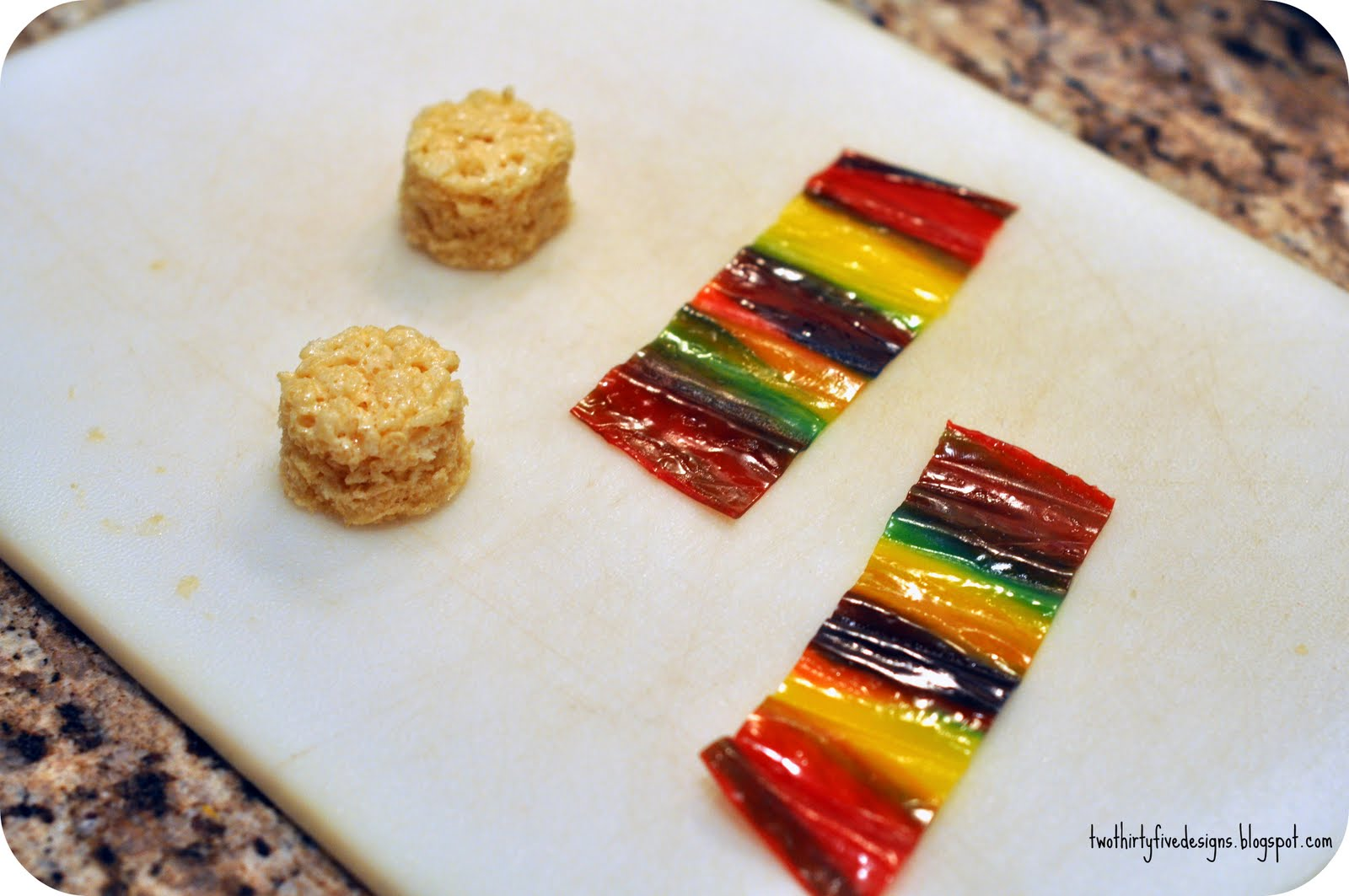 Rice Krispies Sushi Tutuorial - Two Thirty-Five Designs