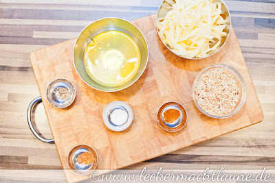 Zubereitung Käse-Nuss-Makronen von Irina