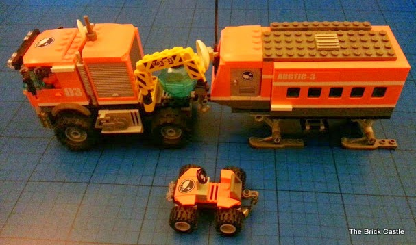 A modified LEGO Arctic Outpost set 60035 with Articulated trailer