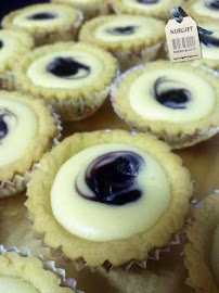 Cheese Tart ~ Blueberry/ Chocolate