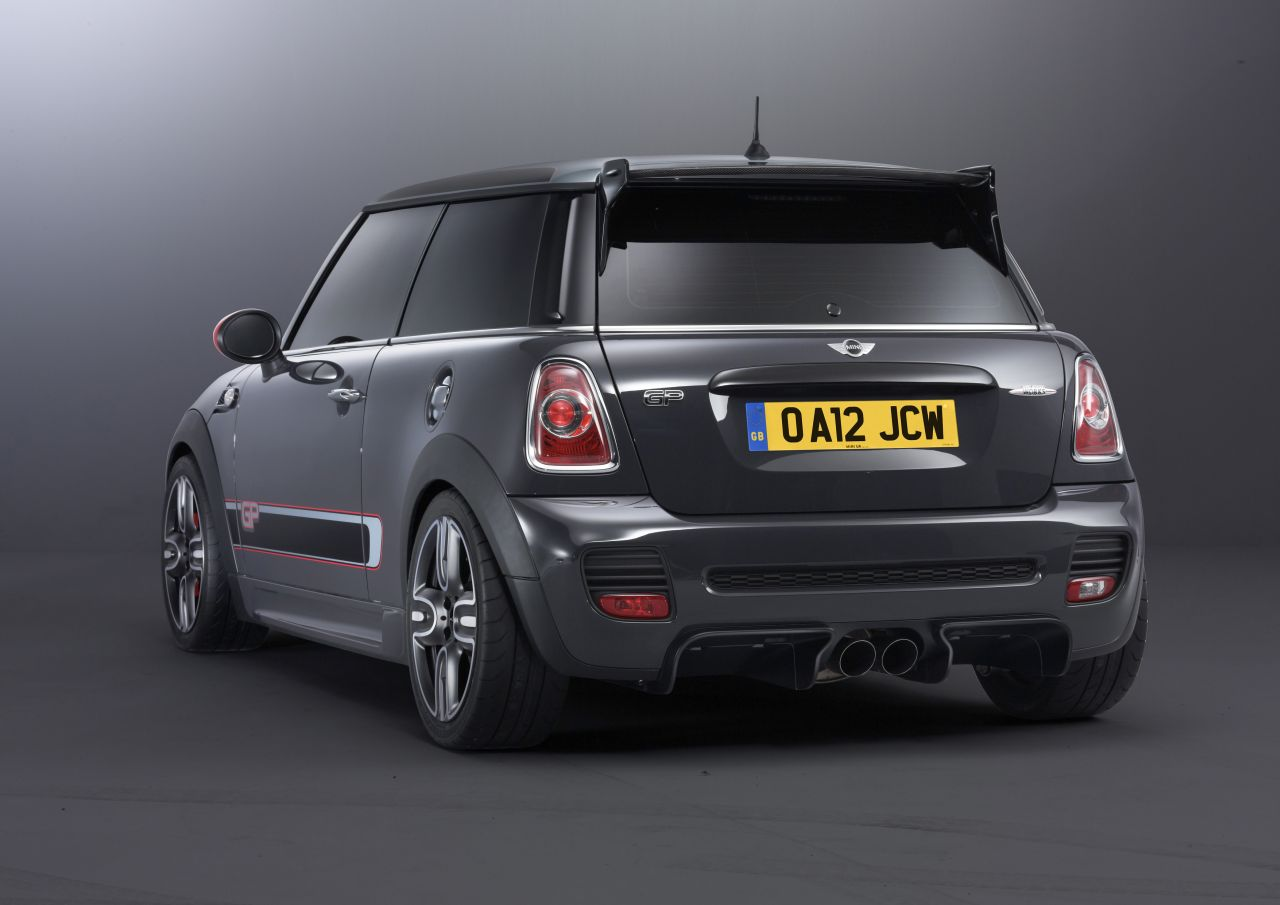car barn sport mini john cooper works gp 2013. Black Bedroom Furniture Sets. Home Design Ideas