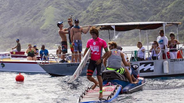 Billabong Pro Tahiti 2014 Ronda2 8 Foto ASP Kirstin