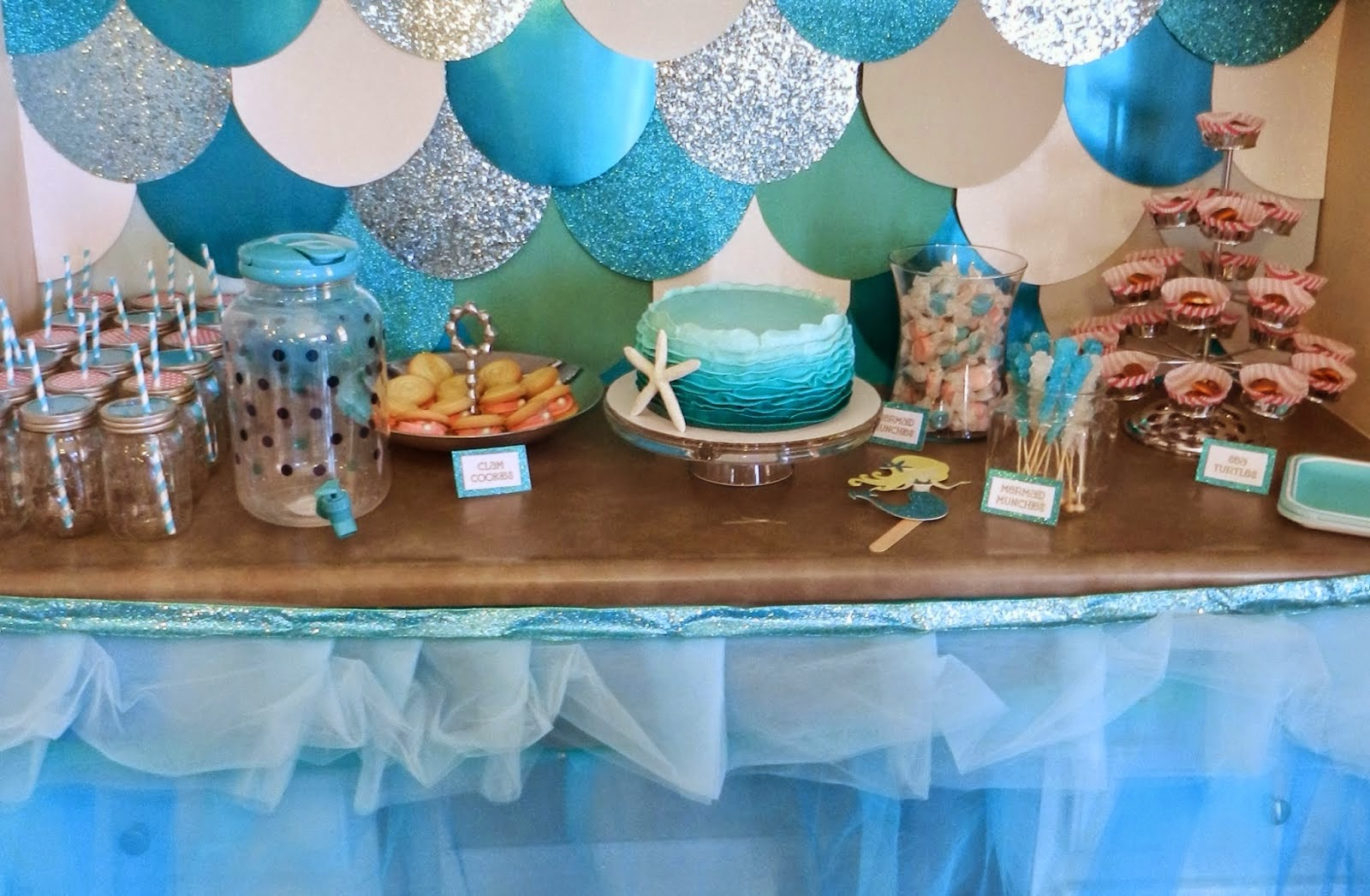Sarasota and bradenton kids party ideas make a splash for Ariel decoration
