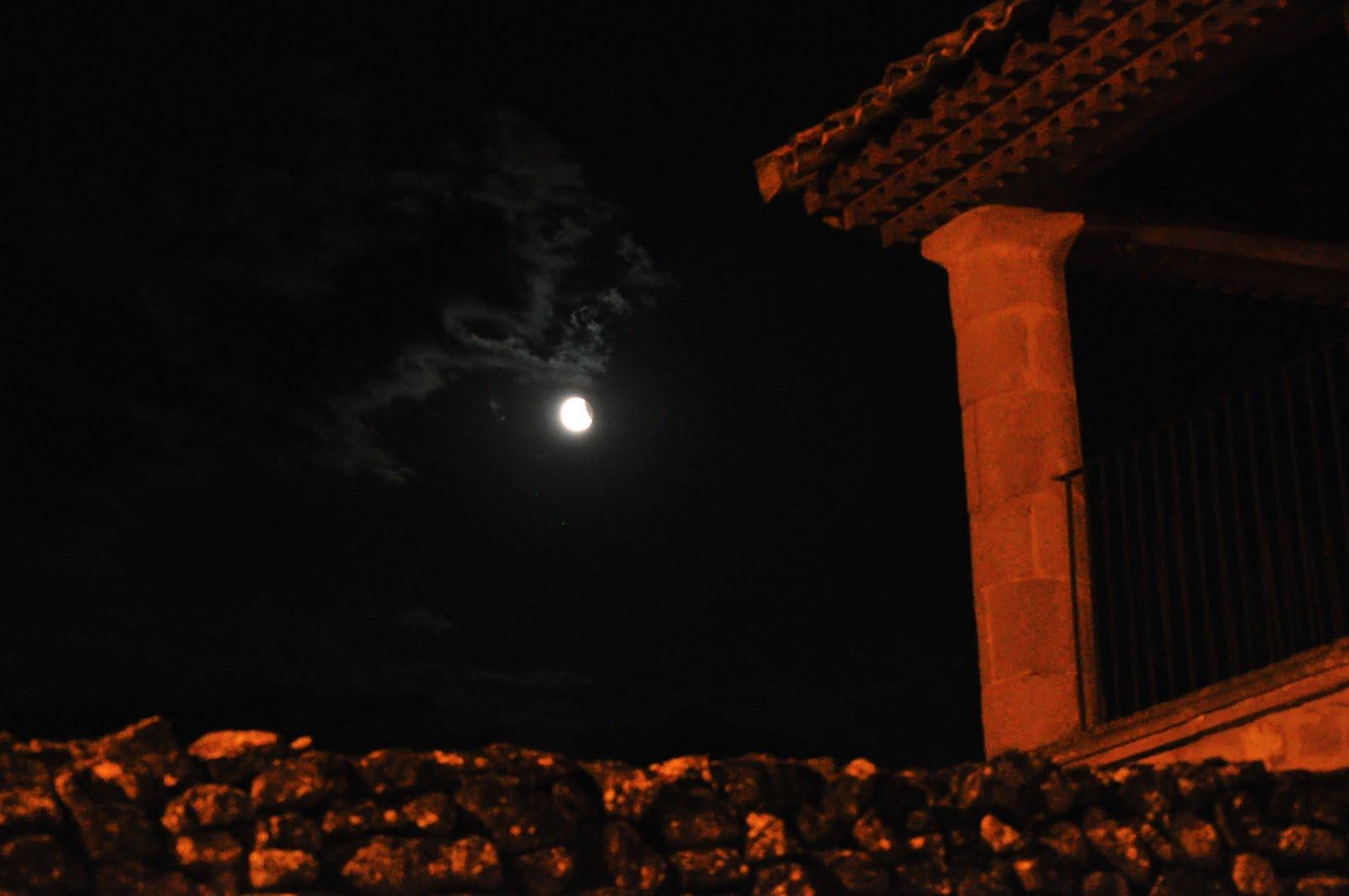 Caser n el remedio eclipse de luna en uncastillo for Que luna tenemos hoy
