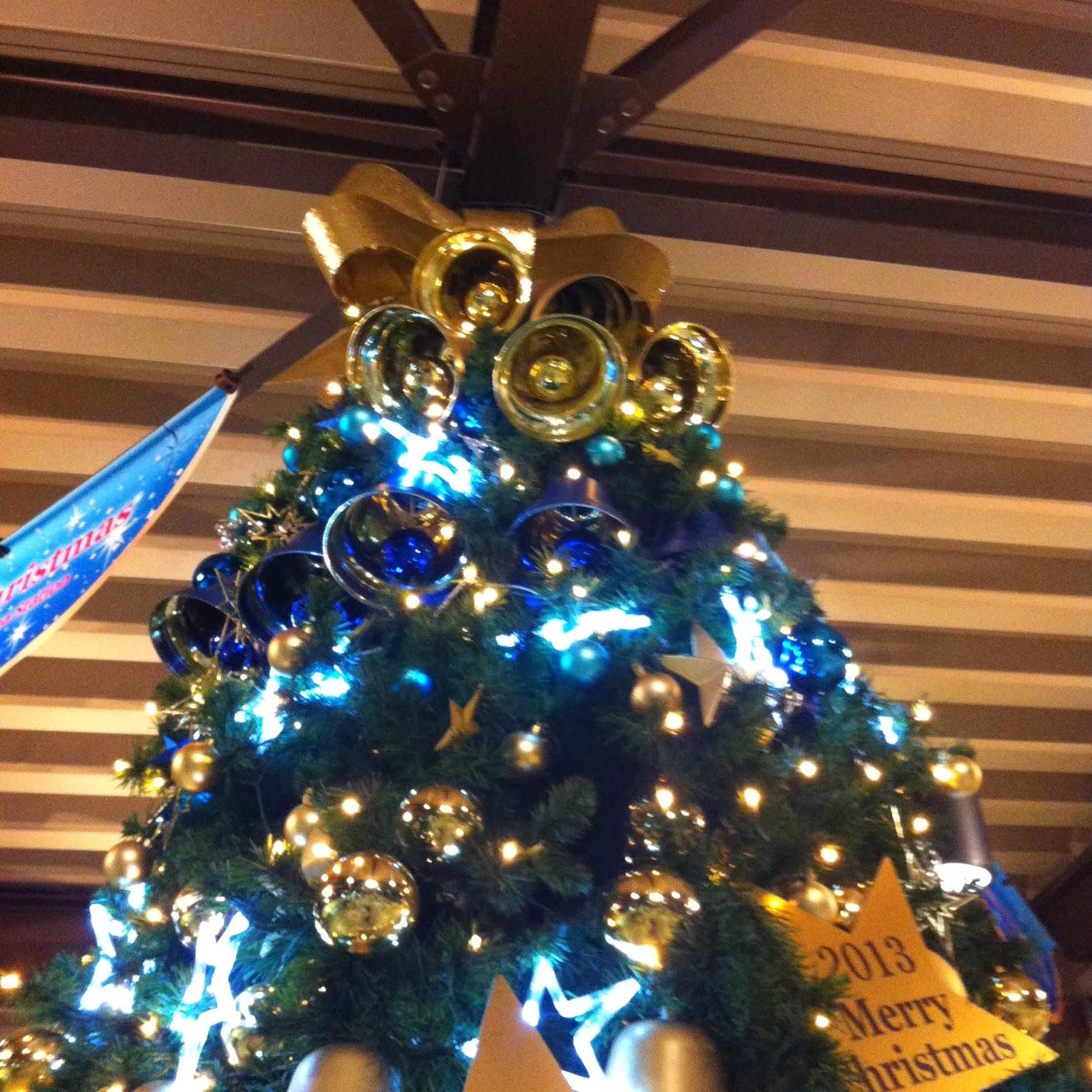 Tokyo Disney Christmas