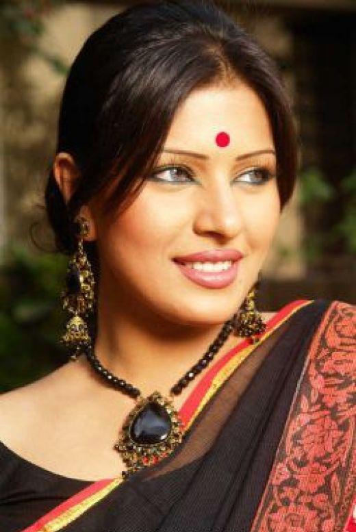 bangladesh model actors srabosri dutta tinni all media news