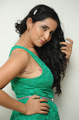 Ishika singh new hot photos-thumbnail-5