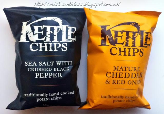 Degustabox Kettle Chips Sal Marina & Pimienta Negra + Chips Queso Cheddar con Cebolla Roja