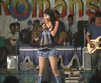 Layang Suworo - Romansa