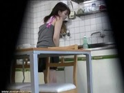 Clip quay lén gái Hàn Quốc thủ dâm trong WC (hot 18+)