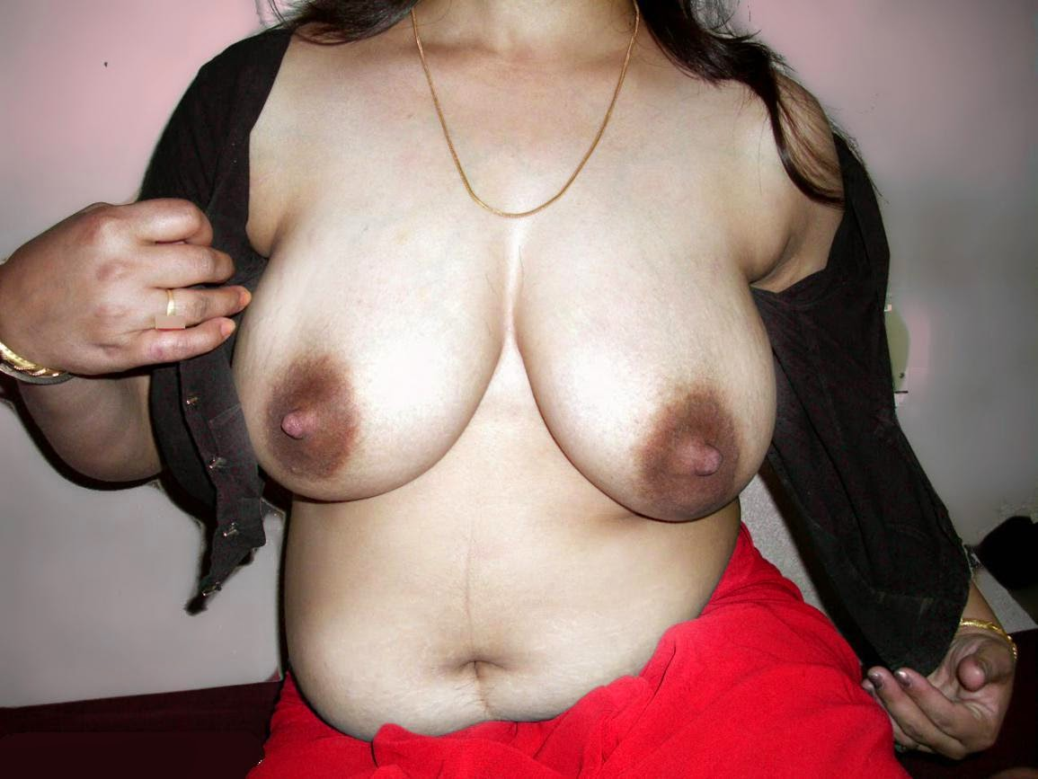Indian hot boob