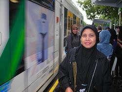 Naik Tram di Bandar melbourne, Australia