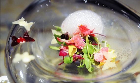 Del alba teashop art design samurais en la cocina de for Cocina 1 plato