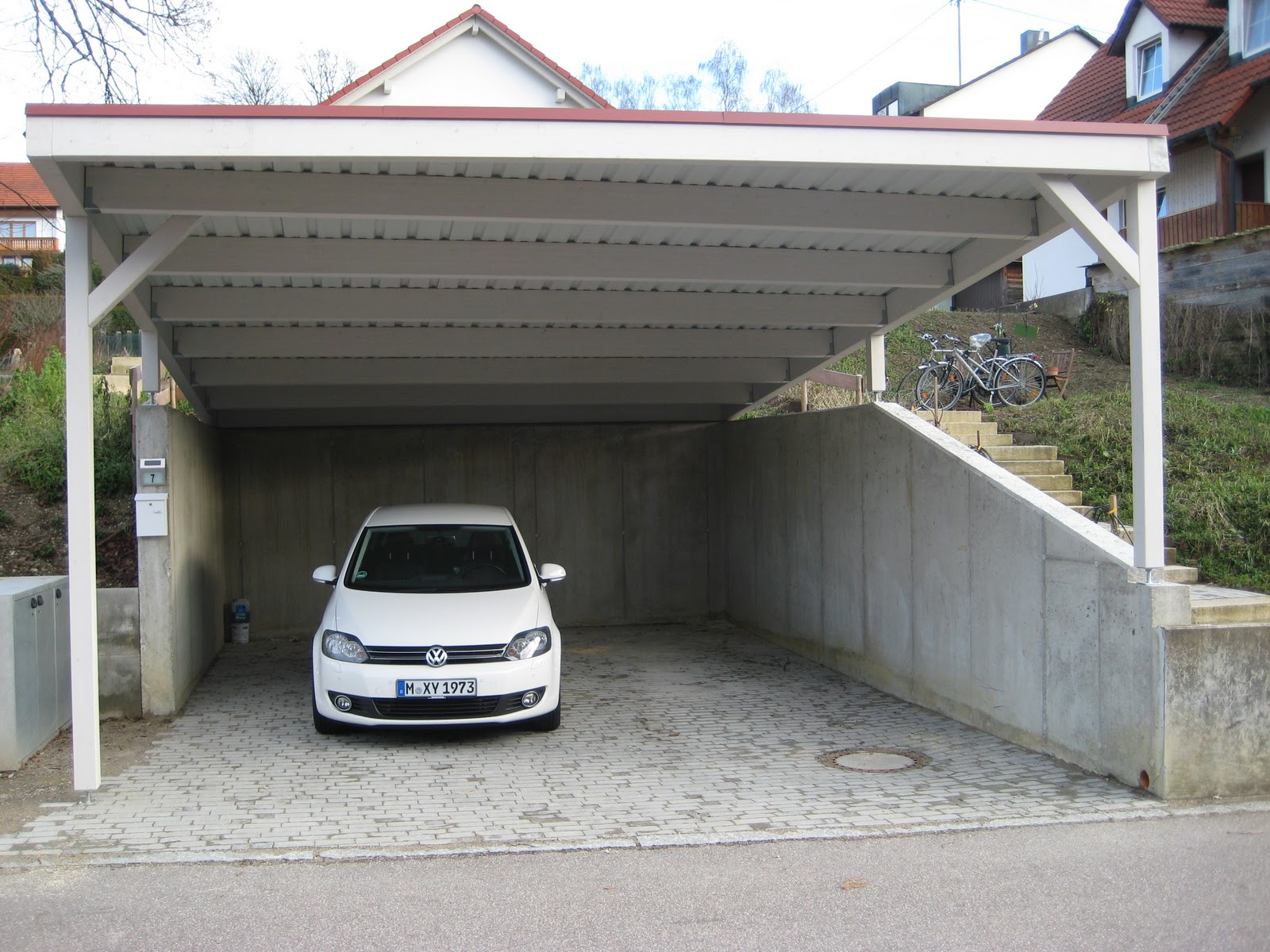 unser hausbau das carport ist fertig. Black Bedroom Furniture Sets. Home Design Ideas