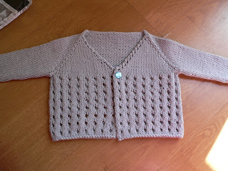 this was the first cardigan i knit all in one