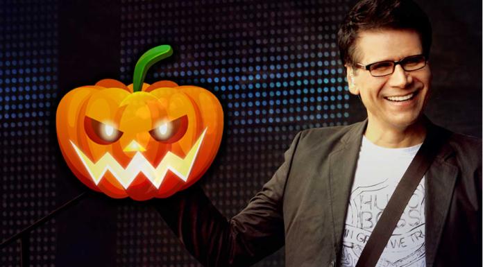 Jesús Adrián Romero celebra Halloween