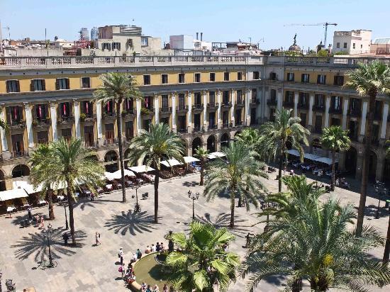 Una escapada a la ciudad de barcelona lugares para for Busco hotel barato en barcelona