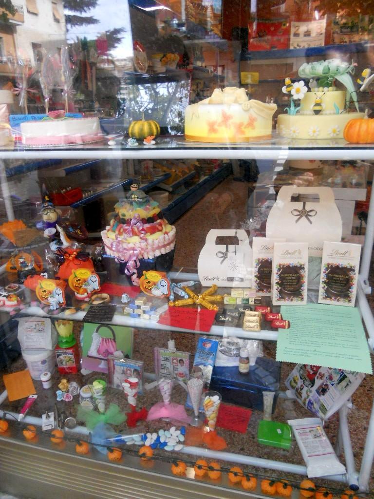 Profumo di zucchero - Sweets by Sonia: Negozi cake design ...