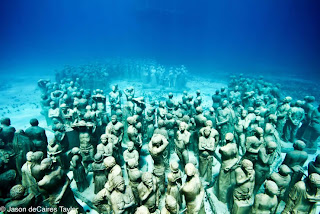 Esculturas Submarinas , La evolución silenciosa