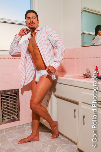 osiris cruz undresses for don pollard photography