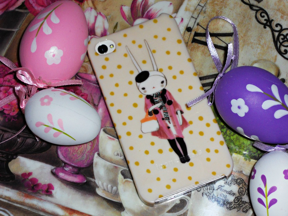 Iconemesis.co.uk Fifi Lapin iphone case