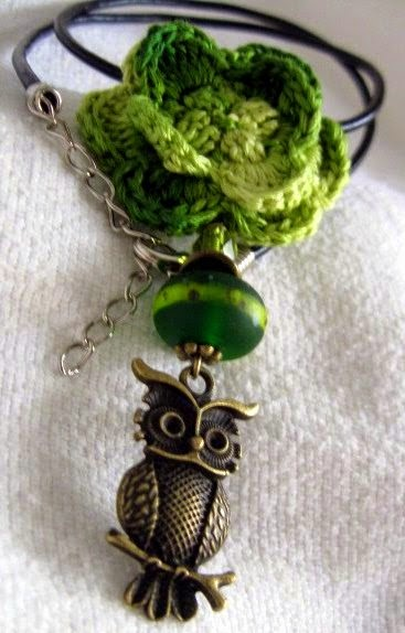 https://www.etsy.com/listing/64702193/crochet-owl-beaded-necklace-variegated?ref=shop_home_active_17