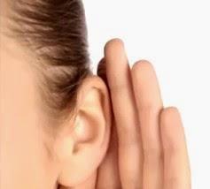 Mendengarkan kritik dan saran dari teman