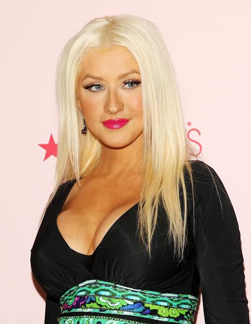 Pictures of Christina Aguilera 34