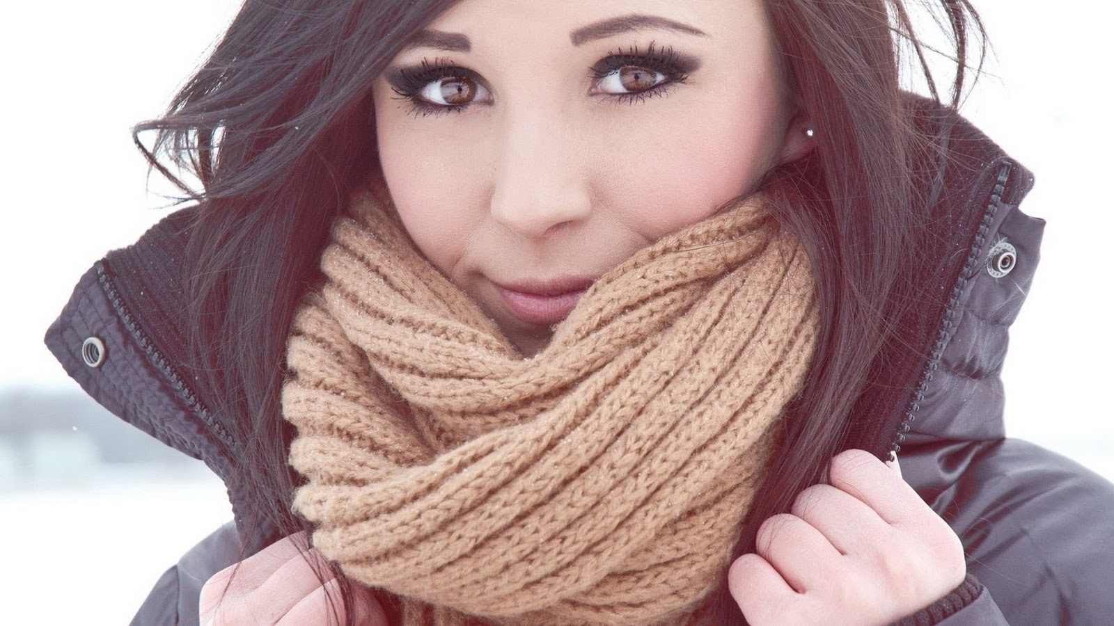 desktop wallpaper brown eyed girl with scarf desktop wallpaper