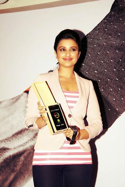 Parineeti Chopra at Samsung Galaxy Note3 Launch