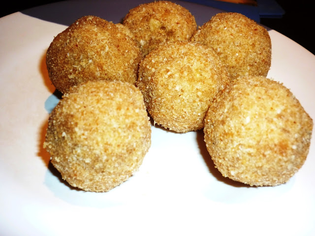 Rice ball snack from Kerala,Ari unda