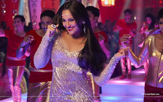 Himmatwala featuring Hot Sonakshi Sinha Item Number HD Wallpaper