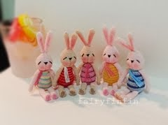 Crochet Tiny Rabbit Dolls: Height of doll 5 cm without ear (Sit) -100 % cotton crochet thread