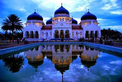 Objek Wisata Religi Islami Di Indonesia Yang Wajib Dikunjungi