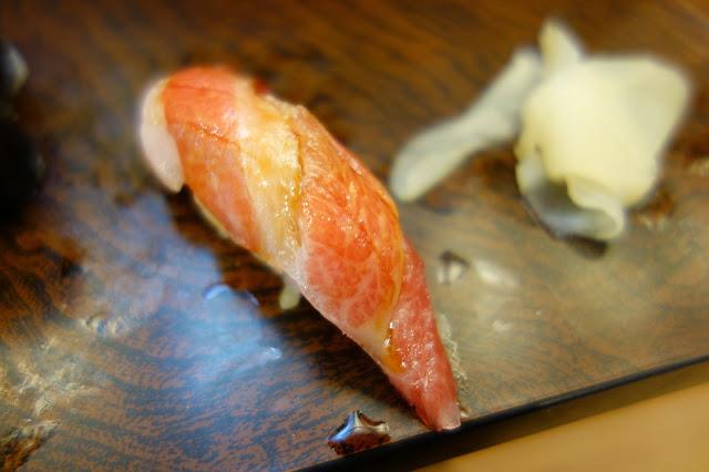 Tsukiji Fish market tokyo sushidai sushi dai ootoro fatty tuna