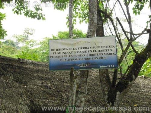 Cita bíblica en el Recreo Turístico Naciente del Río Tioyacu (Rioja, Perú)