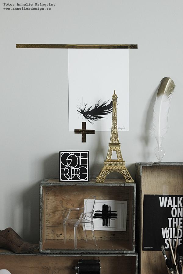 Eiffeltorn i inredningen, eiffeltornet, guld, washitejp, washi, tejp, metallic, lådor som hylla, trälåda, trälådor, webbutik, webbutiker, webshop, nettbutikk, poster fjäder, posters, print, prints, konsttryck, svart och vitt, svartvit, svartvita, upphängningstips tavlor, tavla, upphängning, memoblock göteborg göteborg, städer, stad,