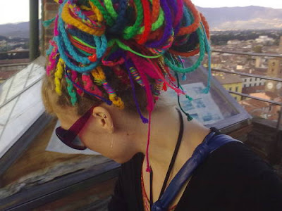 Crocheting Dreads : ... mao, pura la -Rainbow crochet Dread Extensions babukatorium - videos