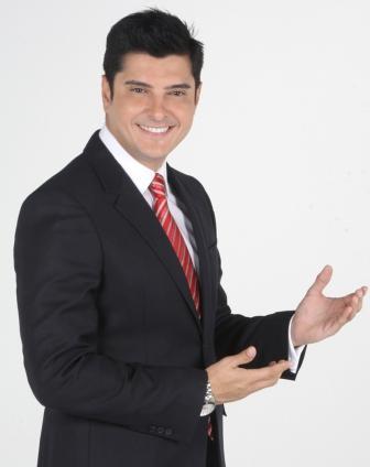 Leonardo Villalobos  Conductor De Bailando Con Las Estrellas