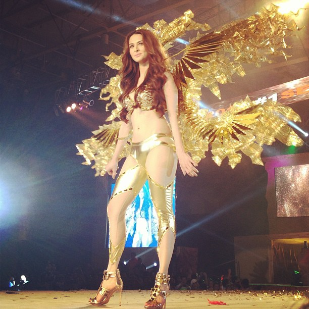 marian rivera in fhm 100 sexiest 2013 bikini pics 05