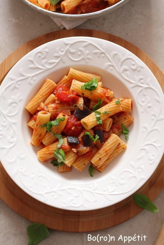 Przepis na pasta alla norma z bakłażanem
