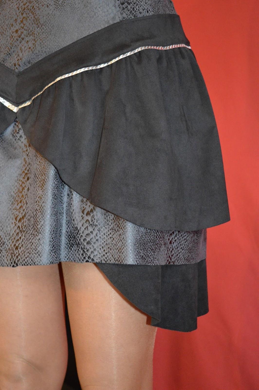 Meline tienne robe d 39 hiver en tissu peau de p che - Tissu peau de peche ...