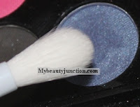 Beautyblender Detailers Soft Touch Brush makeup review, usage and photos
