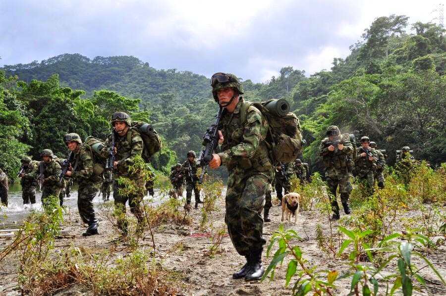 The Colombian army showing its skills ...