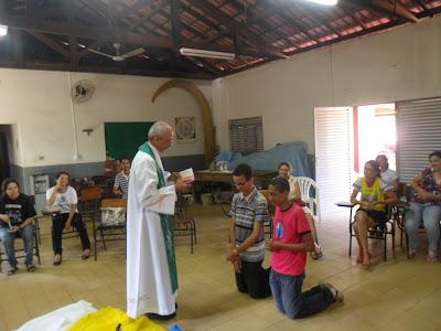 Juventude Missionária desperta vocação Sacerdotal